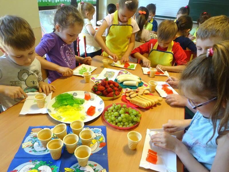 Wlasna Kuchnia Przedszkole Smerfy I Przedszkole Smerfusie Marki